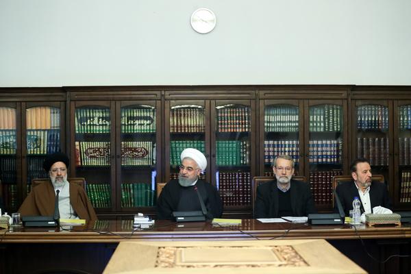 روحانی در جلسه شورای عالی فضای مجازی:   گامهای موثری برای حقوق زنان برداشته شده است