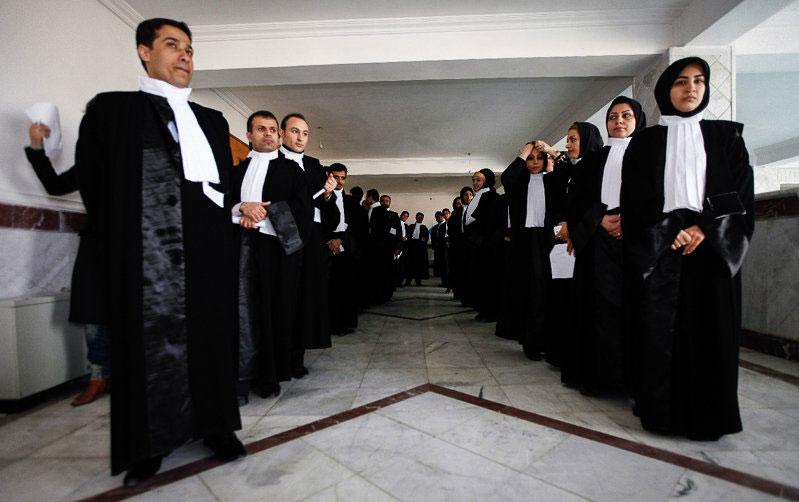 بدون آزمون وکیل شوید