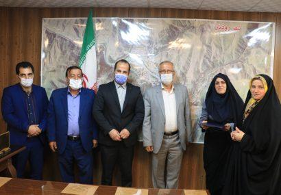 تجلیل از خبرنگاران توسط مدیریت شهری شهرستان رودبار
