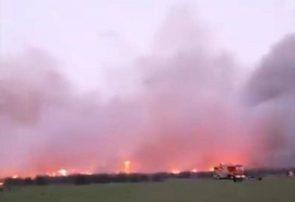 ۵ هکتار از نیزارها و بوته زارهای اطراف تالاب بوجاق کیاشهر در آتش سوخت